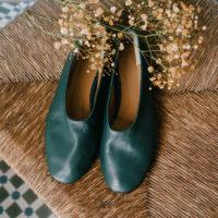 Bailarinas de piel verde bosque